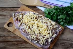 Запеченная скумбрия с орехово-сырной начинкой - фото шаг 4