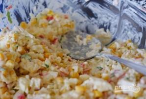 Салат из крабовых палочек идеальный - фото шаг 4