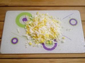 Салат к новогоднему столу - фото шаг 4