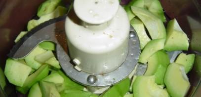 Пюре из авокадо - фото шаг 1