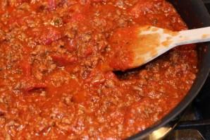 Спагетти с фаршем и томатным соусом - фото шаг 2