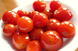 Засолка помидоров холодным способом - фото шаг 5