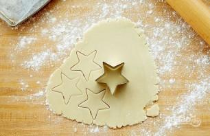Рождественское печенье из песочного теста - фото шаг 3