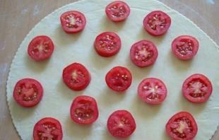 Пирожки с помидорами - фото шаг 3
