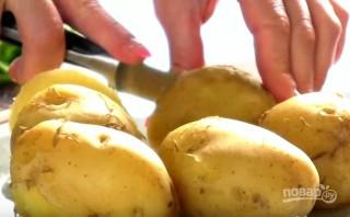 Картошка, фаршированная перепелиными яйцами - фото шаг 1