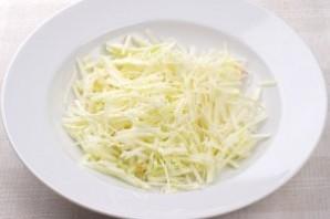 Свежий салат из капусты с морковью - фото шаг 3