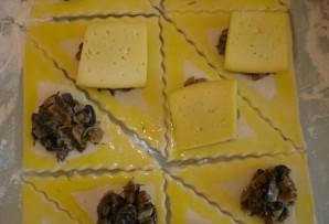 Закусочные пирожки с грибами и сыром - фото шаг 2