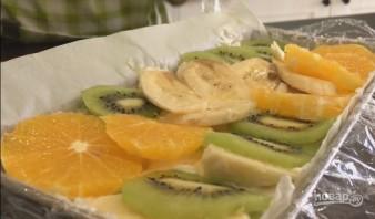 Творожный торт с фруктами без выпечки - фото шаг 8