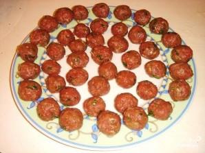 Суп с фрикадельками и томатной пастой - фото шаг 3