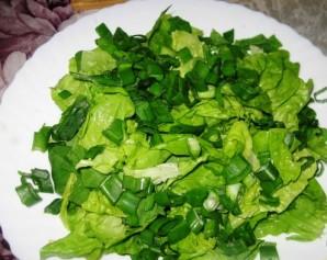 Салат в креманках с креветками - фото шаг 1