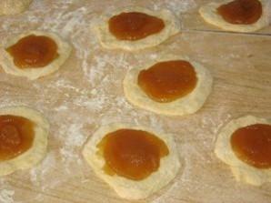 Пирожки на молоке жареные - фото шаг 11