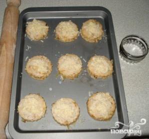 Лепешки с луком и сыром - фото шаг 5