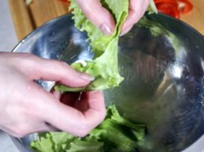 Салат с креветками и болгарским перцем - фото шаг 3