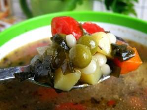 Суп с макаронами и консервированным горошком - фото шаг 4