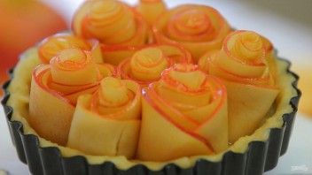 Тарт с розами из яблок - фото шаг 10