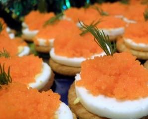 Маленькие бутерброды для закуски - фото шаг 4