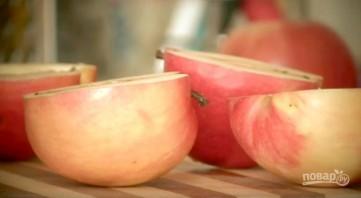 Яблоки, печенные с творогом - фото шаг 1
