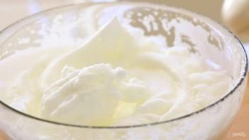 Штрудель с сыром и изюмом - фото шаг 5