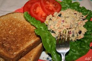 Салат с тунцом и шампиньонами - фото шаг 3