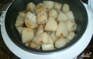 Тушеная картошка с индейкой в мультиварке - фото шаг 3