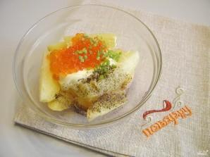 Салат с икрой - фото шаг 3