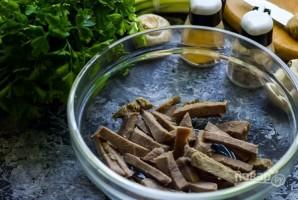 Салат из языка свиного - фото шаг 2