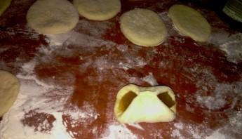 Пирожки с повидлом на сковороде - фото шаг 4