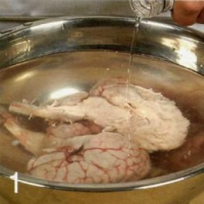 Телячьи мозги в панировке - фото шаг 1
