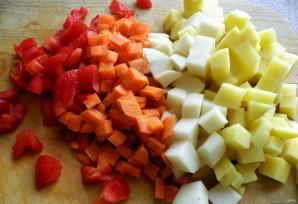 Суп с макаронами и консервированным горошком - фото шаг 2