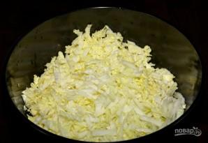 Салат с кукурузой и крабовыми палочками - фото шаг 1