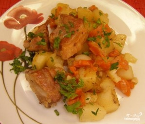 Картошка с копчеными ребрышками - фото шаг 6