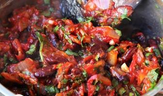 Лобио из красной фасоли консервированной - фото шаг 6