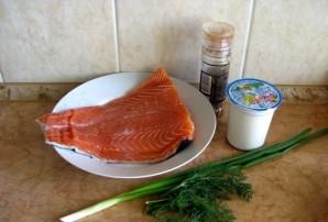 Тушеная красная рыба - фото шаг 1