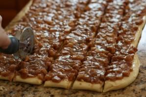 Сладкий пирог из дрожжевого теста - фото шаг 9