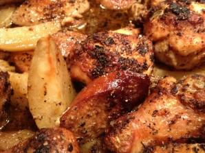 Курица кусочками с картошкой - фото шаг 9
