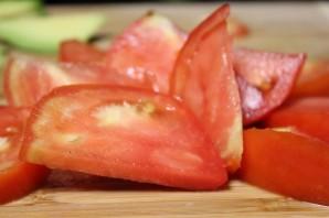 Салат с авокадо, помидорами и фетой - фото шаг 2