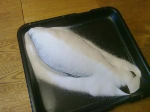 Карп, запеченный в соли - фото шаг 3