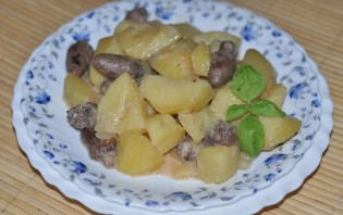 Картошка с сердечками куриными - фото шаг 6