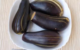 Баклажаны, запеченные с сыром - фото шаг 1