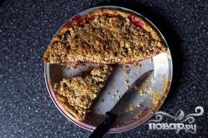 Вишневый пирог с миндальной посыпкой - фото шаг 3