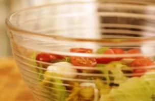Салат с беконом и курицей - фото шаг 5