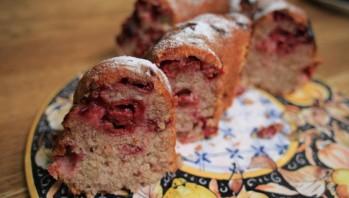 Миндальный пирог с вишней - фото шаг 4
