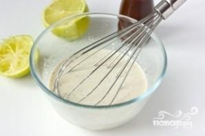 Салат из сардины в масле - фото шаг 7