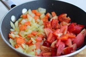 Куриная печень с овощами - фото шаг 4