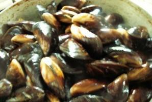 Мидии в сливочном соусе - фото шаг 3