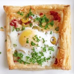 Слойки с яйцом, ветчиной и сыром - фото шаг 5