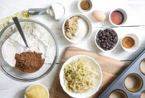 Шоколадные кексы с грушами - фото шаг 1
