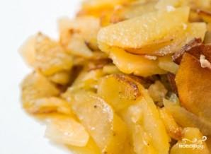 Жареный картофель с чесноком - фото шаг 3