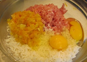 Фрикадельки с рисом - фото шаг 6