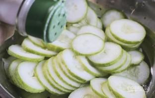 Салат с растительным маслом - фото шаг 1